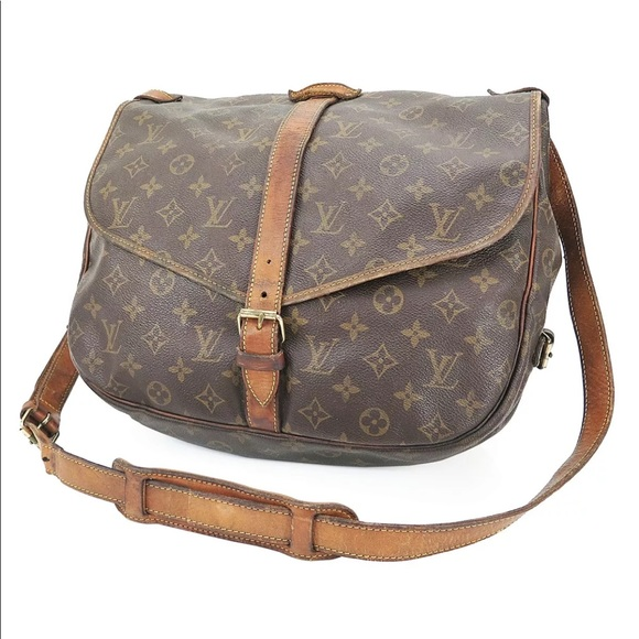 65f63fe1a8eb Louis Vuitton Handbags - Authentic Louis Vuitton Saumur 35 Monogram